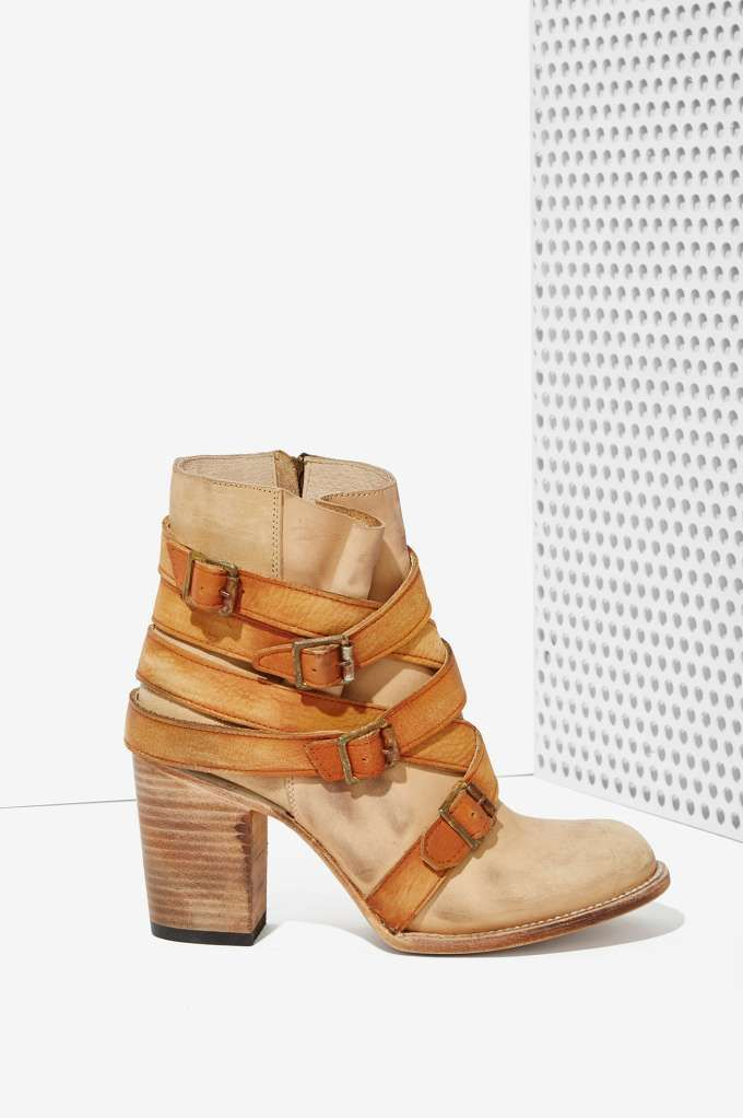 Freebird by Steven Hustle Leather Boot   Shop Shoes at Nasty Gal