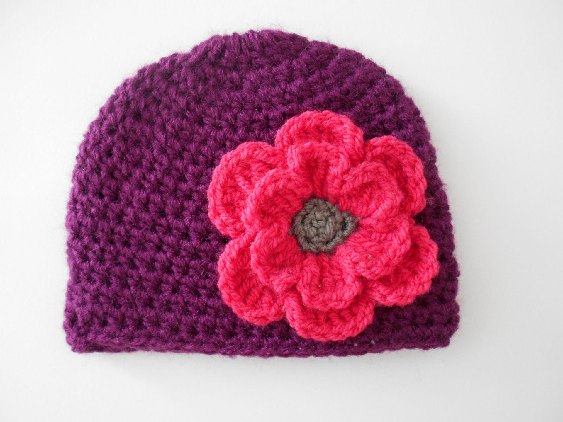 8c5a2236fba19 bonnet bebe fille ,bonnet bebe fait main en laine prune et fuchsia : Mode  Bébé par chtiewie