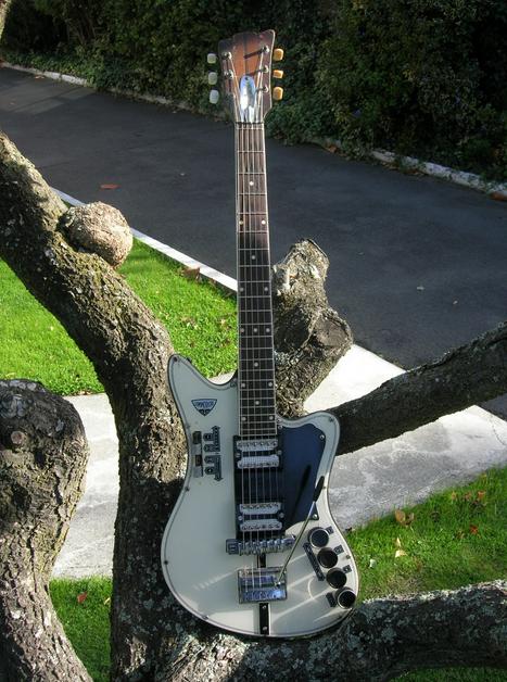 Jansen Guitars Made In Nz Guitar Guitar Photos Commodore