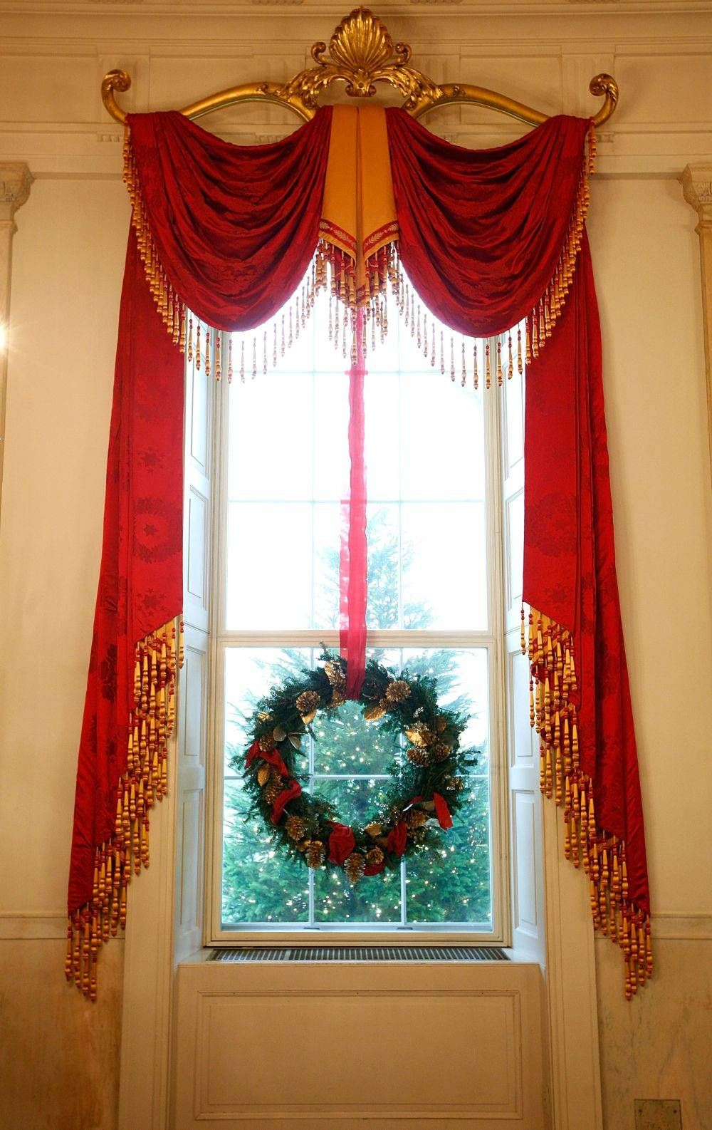 Window decor with wreath  white house christmas  presidents christmas cards  pinterest