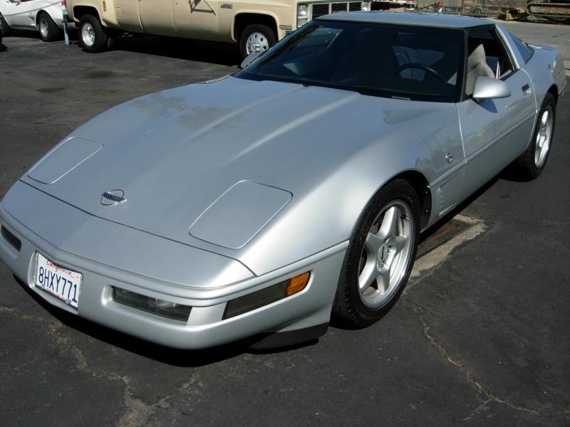 1996 Silver Chevy Corvette Coupe Corvette For Sale Corvette Used Corvette