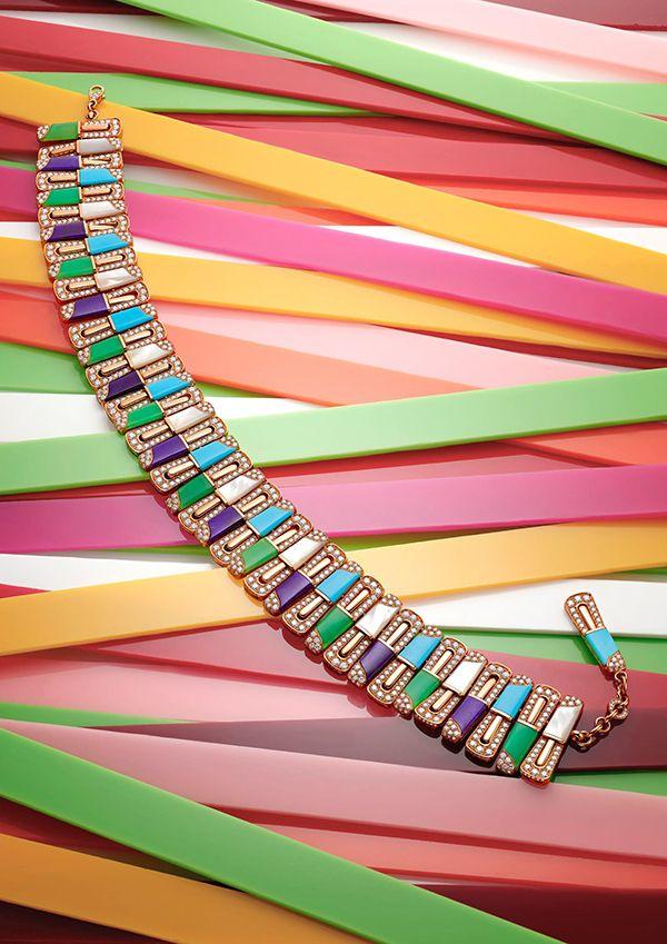 quality design 11fdd d838c ブルガリの新作ハイジュエリーコレクション「フェスタ」ケーキや ...