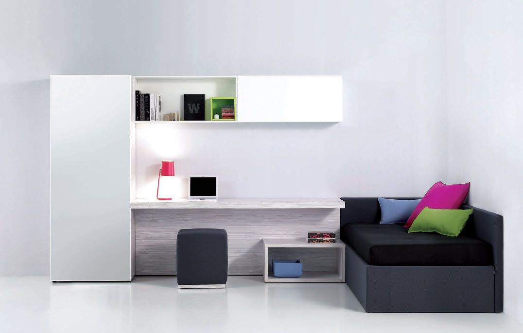 White Teen Room; Minimal Teenu0027s Room Design