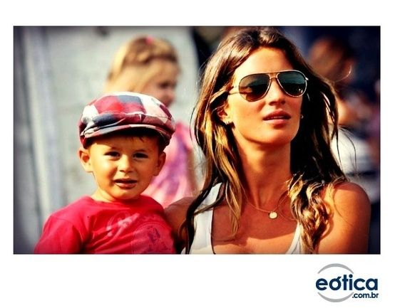 Gisele Bündchen com óculos aviador #GiseleBundchen #topmodel #modelo #sunglass #oculosdesol #aviador #aviator