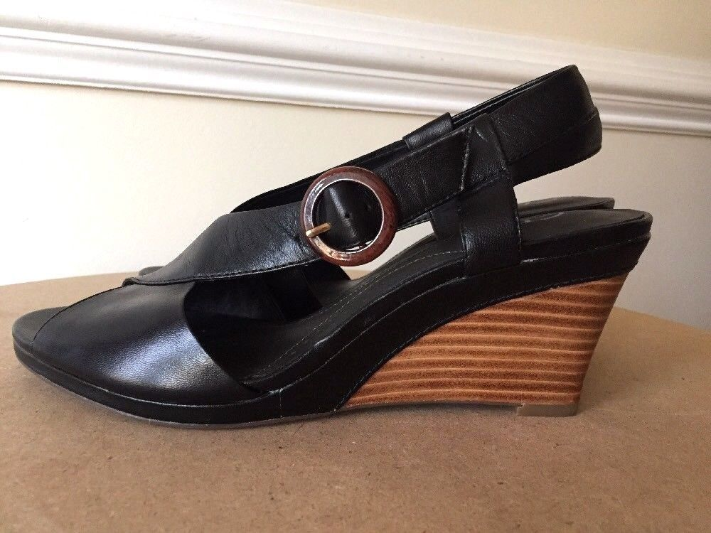 Clarks Bendables 7.5 Black Leather Heeled Sandals Shoes Comfort