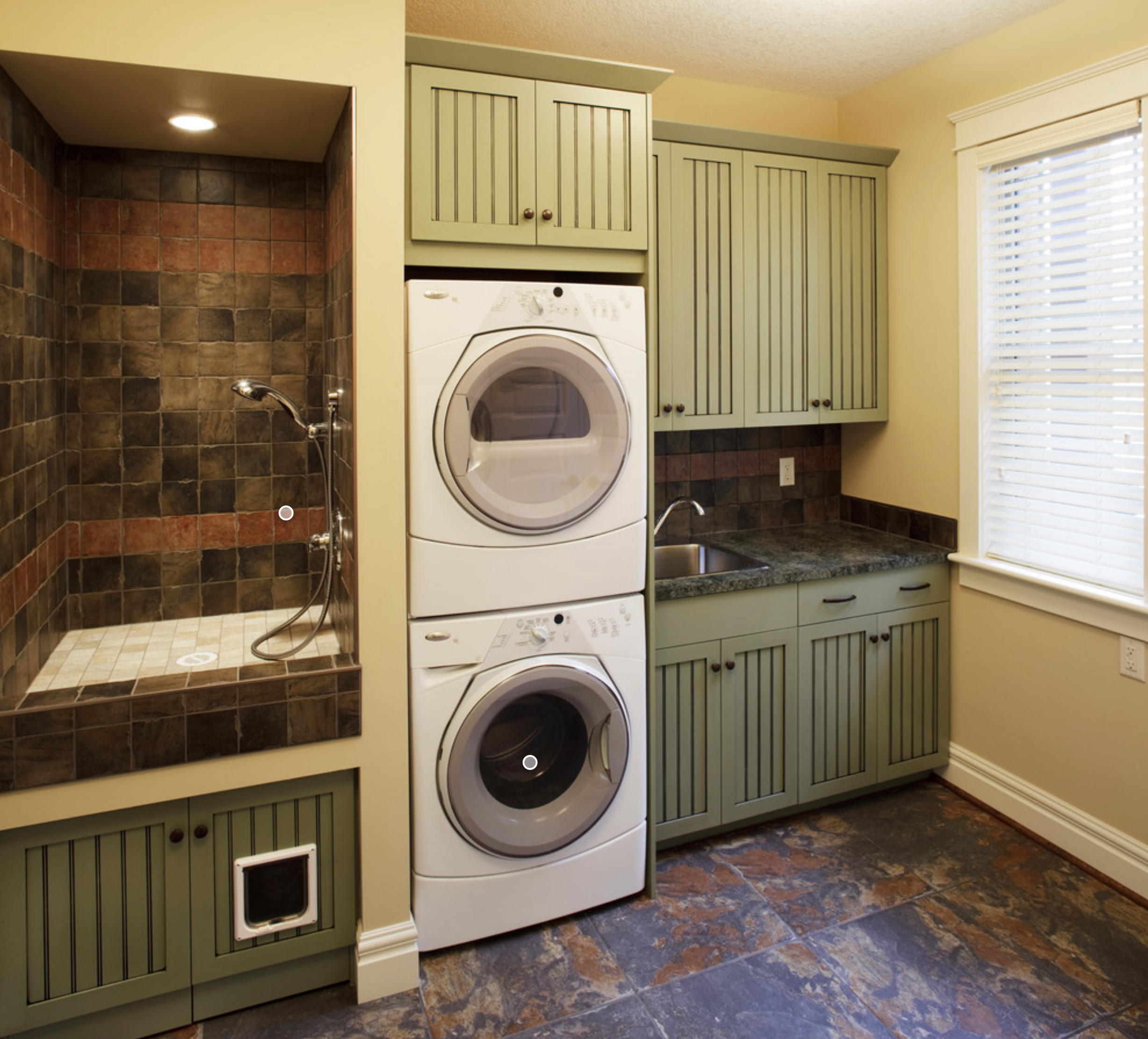 Pin By Allyson Lyons On Laundry Room Inspiration Laundry Room Design Laundry Room Storage Laundry Mud Room
