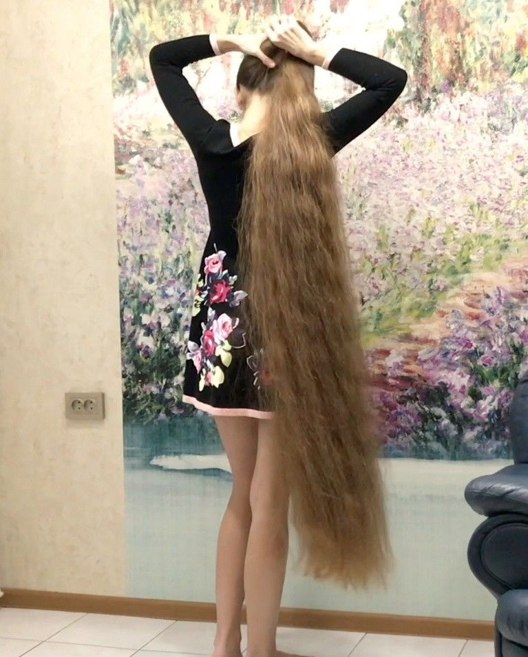 Video Massive Buns And A Beautiful Dress In 2020 Long Hair Styles Long Hair Girl Beautiful Long Hair