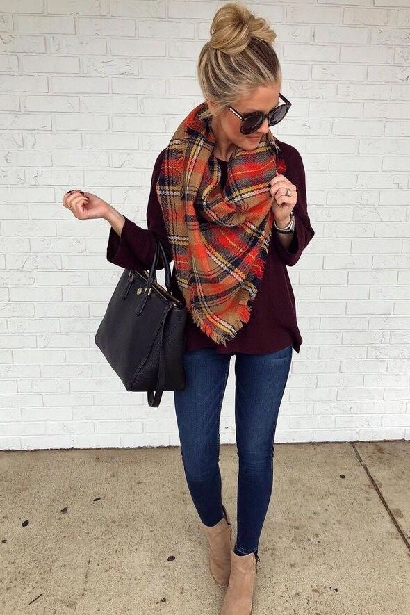 26 Amazing Outfit Ideas Wearing Warm Scarf #winterfashion