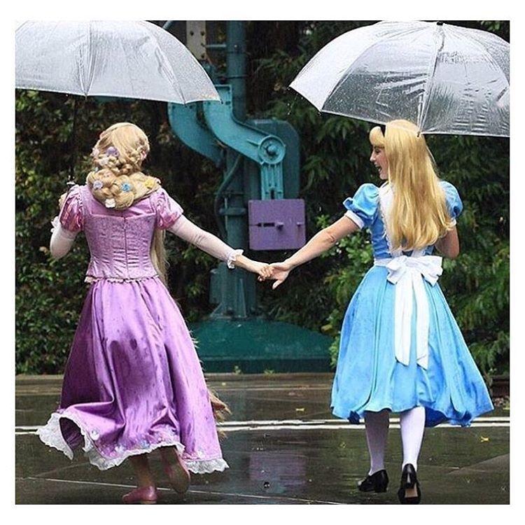 I love this photo of my favorite Disney Character (Alice) with my second favorite Disney Princess (Rapunzel) Photo Credit : @moon_in_hkdl ______________________________________________________ #AliceObsessed #AliceinWonderland #AliceLover #Wonderland #DisneyMovie #DisneyCharacter #AliceinWonderlandAddict #Rapunzel #DisneyCostumes #AliceinWonderlandLover #Alice #MadHatter #QueenofHearts #WhiteRabbit #TwiddleDee #TwiddleDum #MarchHare #AliceArt #AdventuresinWonderland #AliceLiddell ...