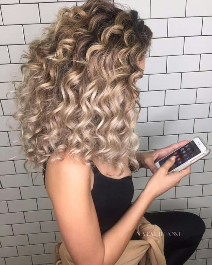 Volume, Textured, finger, smooth finishing, hair spray