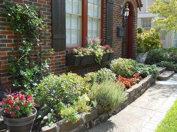 flowerbeds front door | Front Flower Bed Design Ideas ...