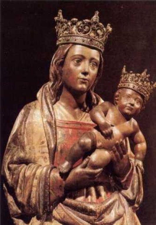 Nuestra Señora De La Almudena Imagen Virgen Maria Imágenes Religiosas Virgen María