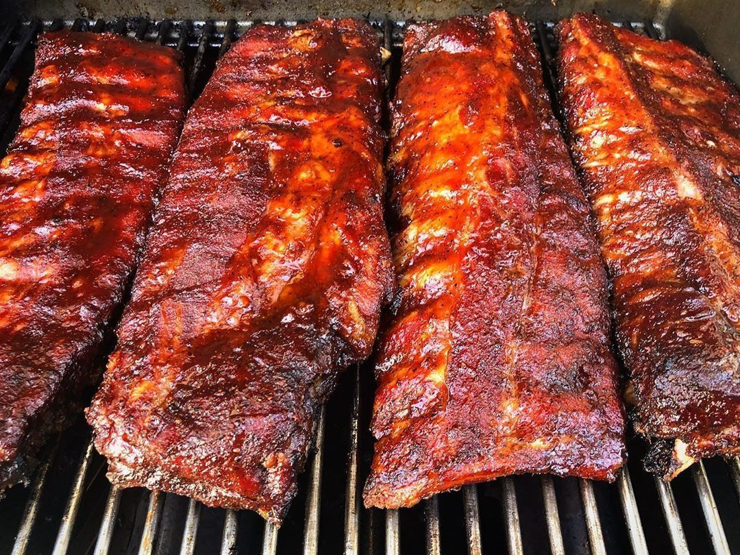 If There S Ever A Time To Smoke Up Some Ribs It Would Be Right Now Huh Pitforbrainsatx Throwback To Ribda Pork Ribs Smoked Pork Ribs Pork Belly