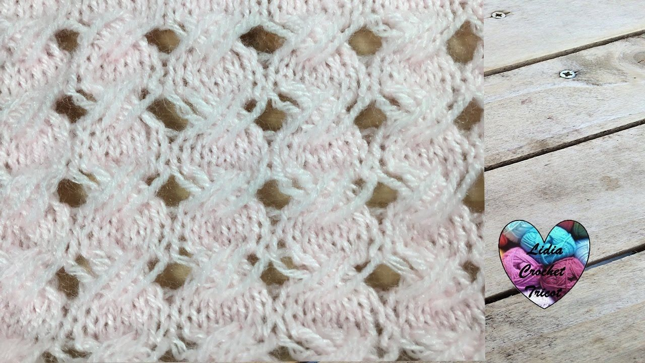 Tricot Point croisé / Crossed stitch knitting (english subtitles ...