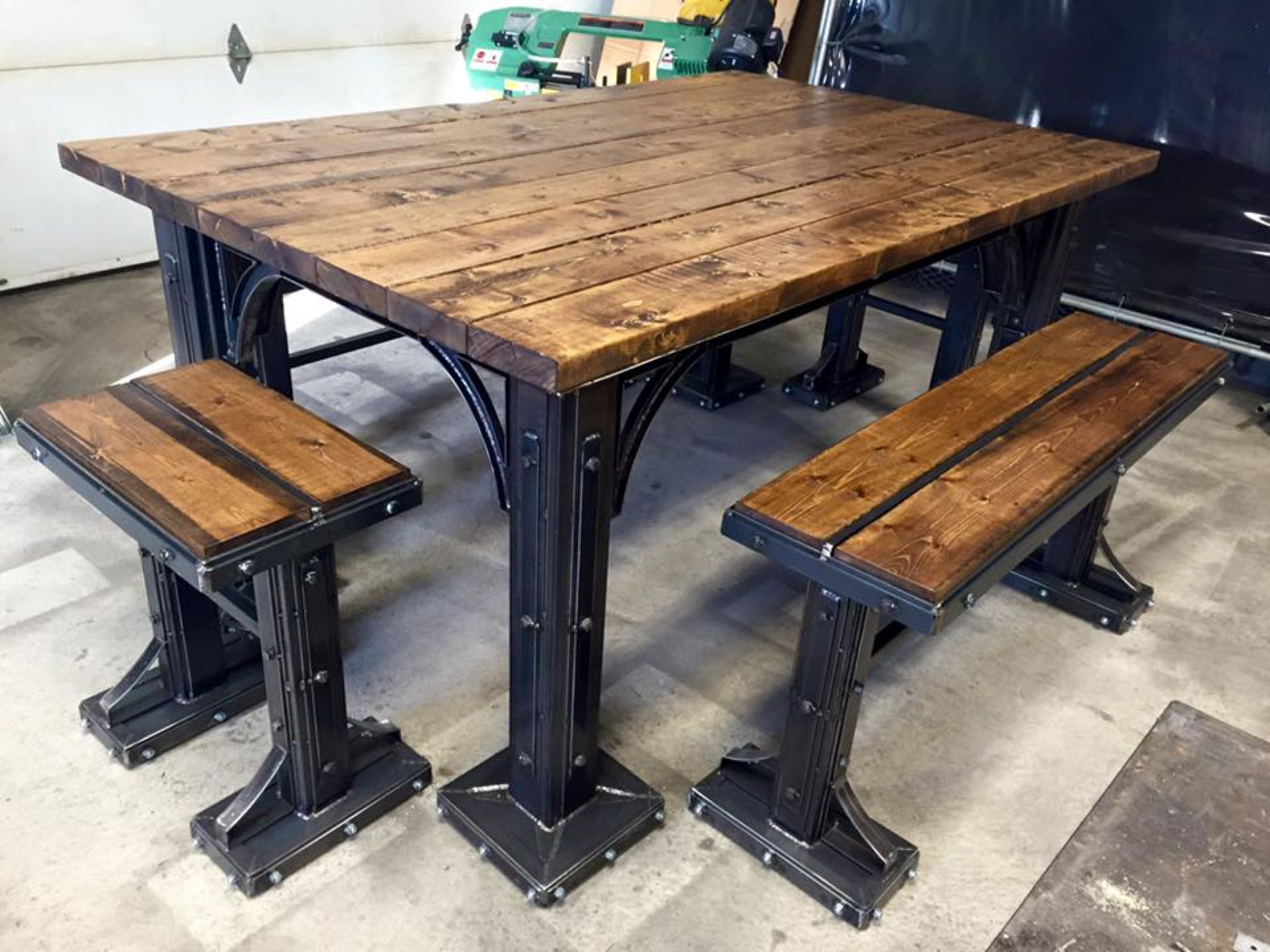 Souduregenec table metal bois houtwerk idees for Muebles industriales metal baratos
