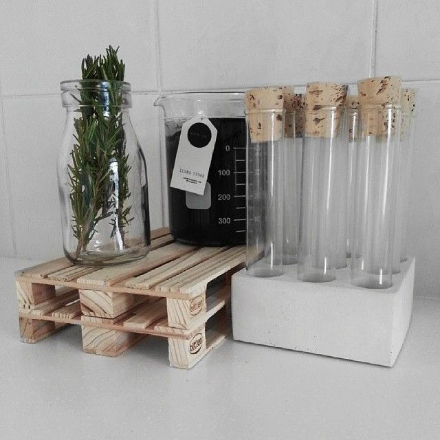 Need A Apartment Now: Test Tubes In A Cement Block As A Spice Rack... Now We