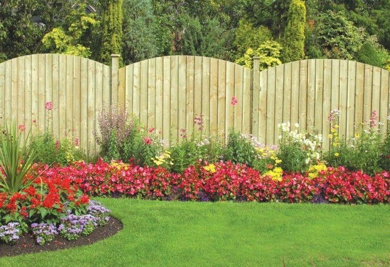 Vallas de madera y vallas met licas para el jard n muro exterior jardines cesped y vallas - Verjas de madera para jardin ...