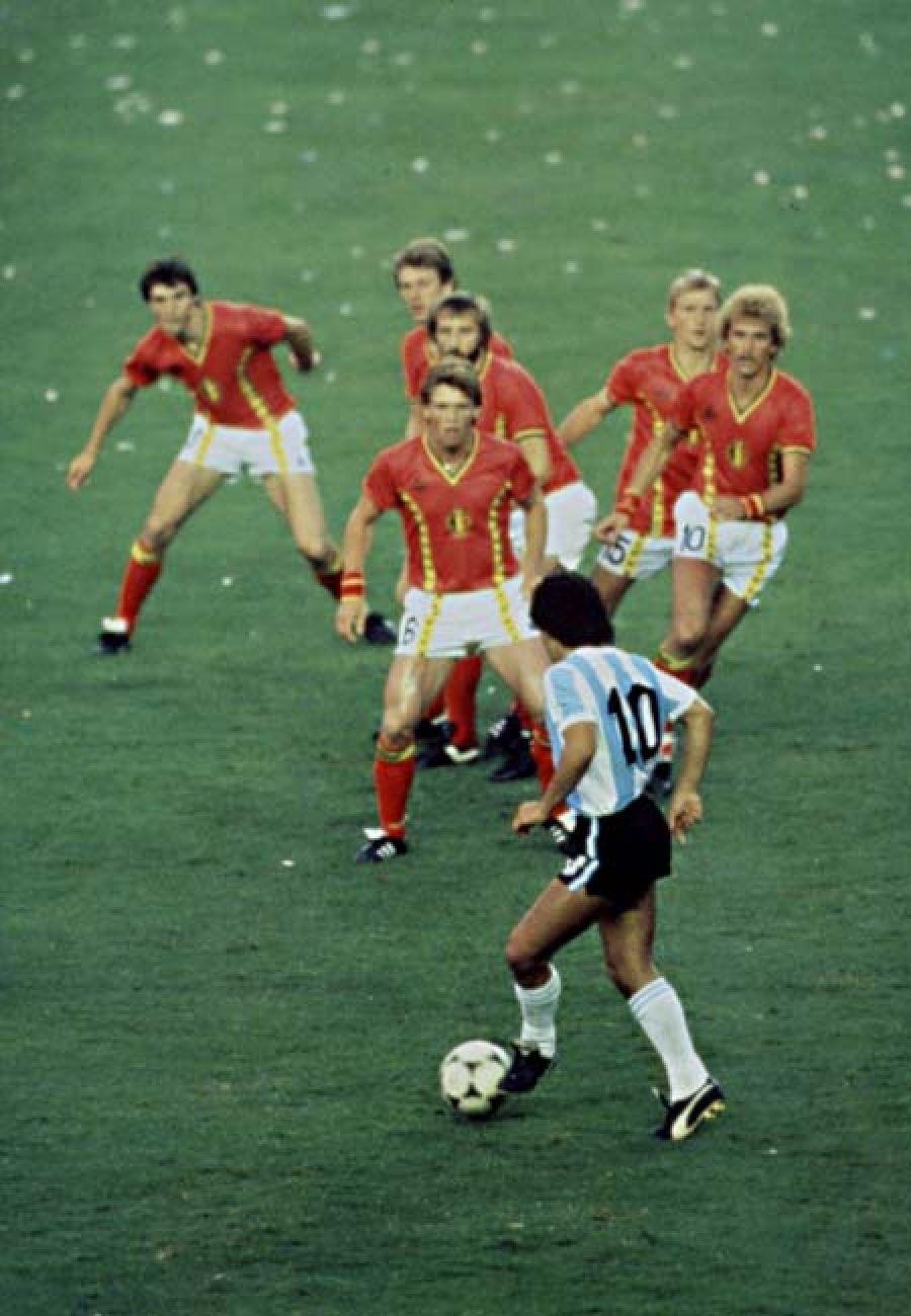 Diego Maradona, Argentina Belgium, 1982 Best 10 in the
