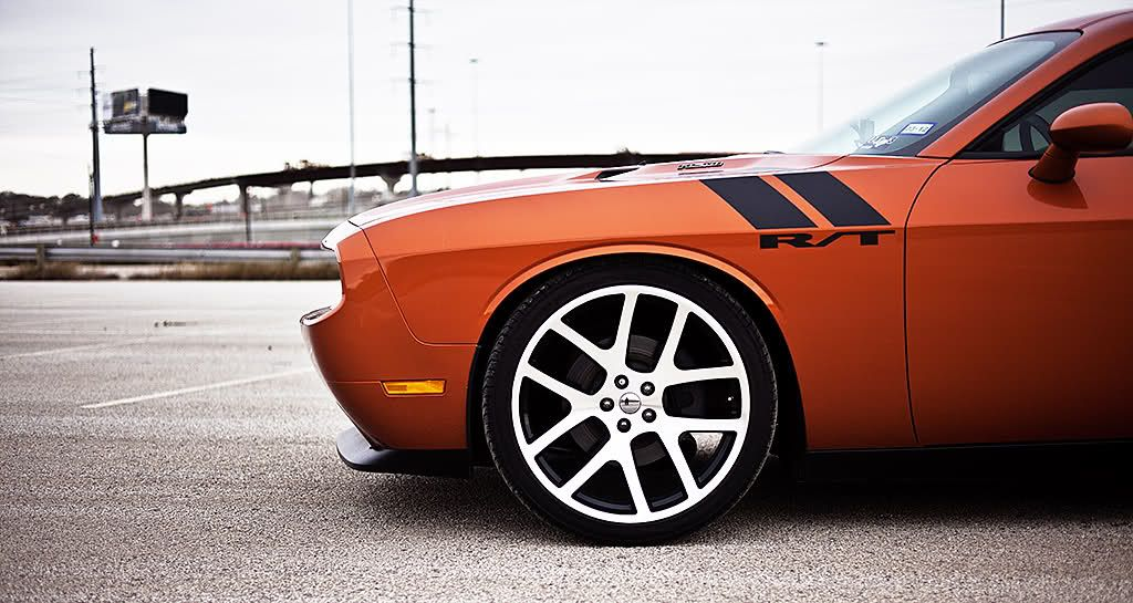 toxic orange challenger r t with viper wheels my favorite. Black Bedroom Furniture Sets. Home Design Ideas