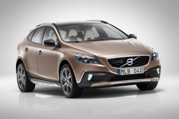 Volvo V40 Cross Country Coming In India On June 14