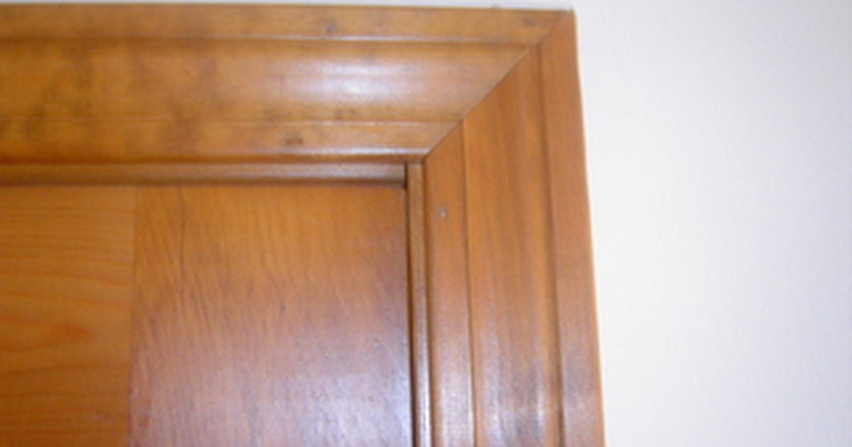 Cómo quitar un marco de puerta | Marco de puerta, Puertas interiores ...
