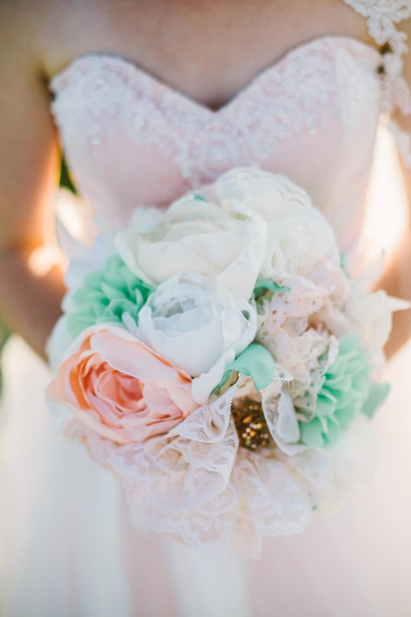 How to make this absolutely gorgeous realistic looking diy bridal how to make this absolutely gorgeous realistic looking diy bridal bouquet made out of handmade fabric flowers brooches keys and pins izmirmasajfo