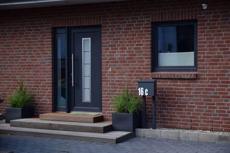 hauseingang gestalten treppe vom eingangsbereich au en gestalten pinterest hauseingang. Black Bedroom Furniture Sets. Home Design Ideas