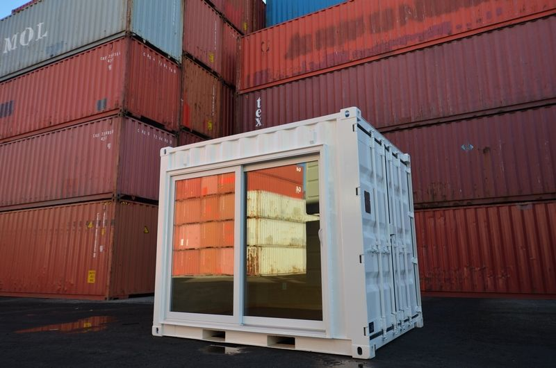 10 Shipping Container Bunkie Storstac 2 In 2020 Container House Design Container House Calcutta Tile