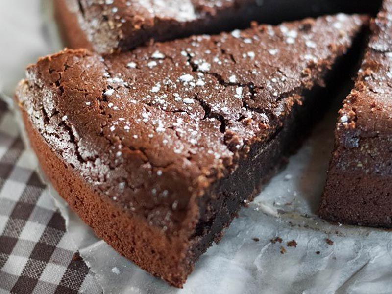 Fondant A La Creme De Marron Et Au Chocolat Au Thermomix Recette Delicieux Desserts Gateau Creme De Marron Gateau Chocolat Marron
