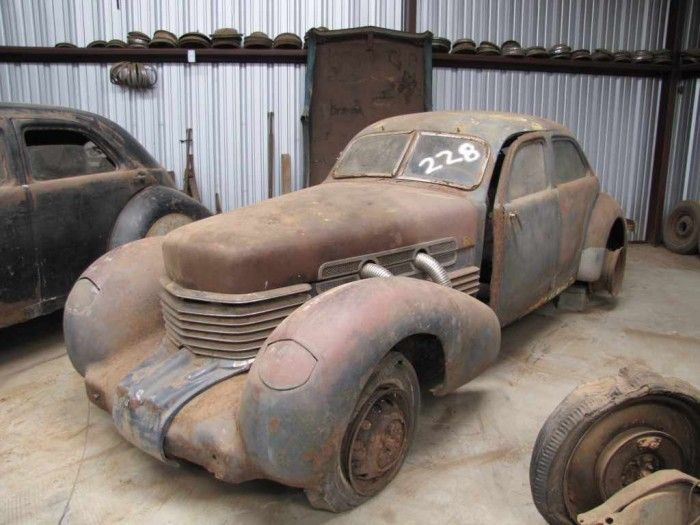 Pair of Cord project cars sell for 64000 at Jordan salvage yard