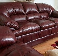 How To Get Cat Scratches Off Leather Furniture Ehow Com Cleaning Leather Furniture Cleaning Leather Couch Faux Leather Couch