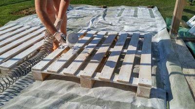 Bricolage: une terrasse et un salon de jardin en palettes ...