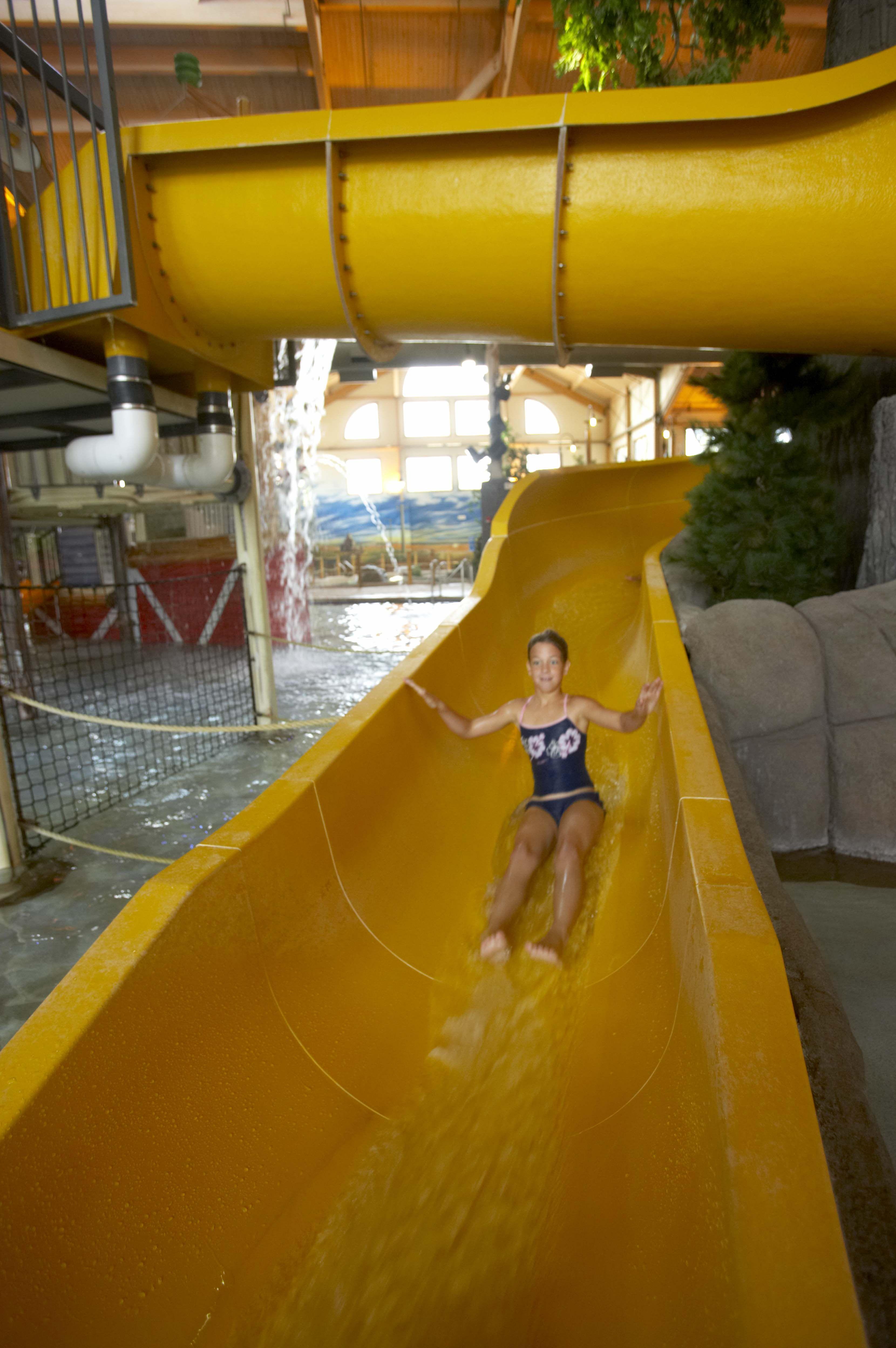 Funinwi Waterslides Waterpark Water Park Indoor Waterpark Hot Tub Outdoor