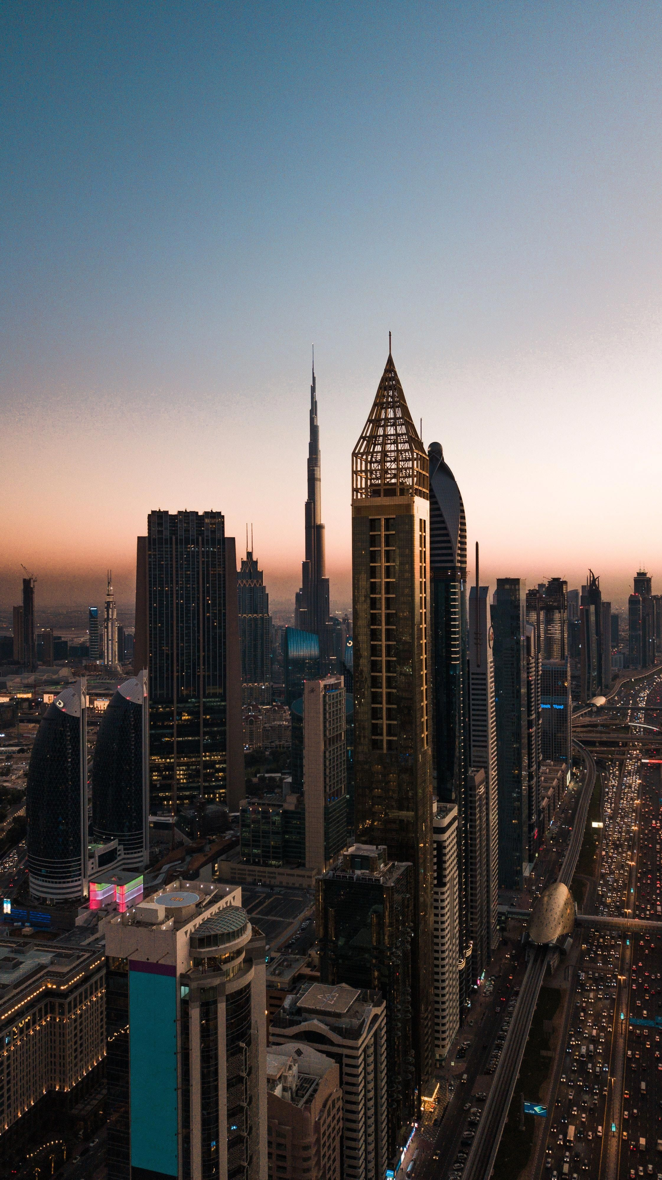 Golden Hour Traffic In Dubai 22423992 City Aesthetic City Wallpaper City Pictures