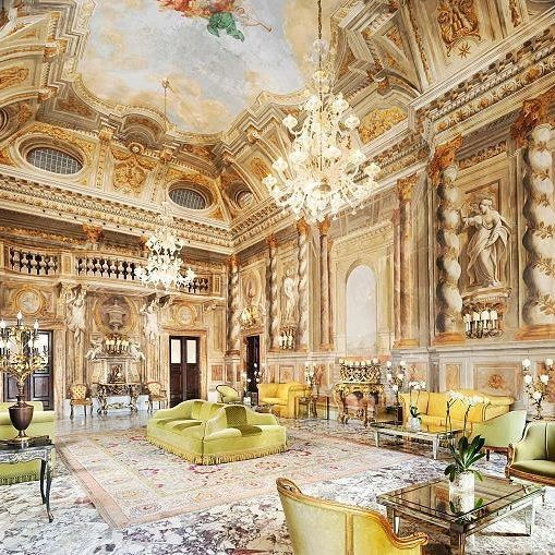 Grand Hotel Continental Siena And Its Wonderful Interior This Hotel Is Fantastic But It S Shame That It S Not Opulent Interiors Baroque Interior Grand Hotel