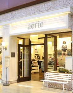 Love Everything About The Aerie Store It S Chic But Cozy It S