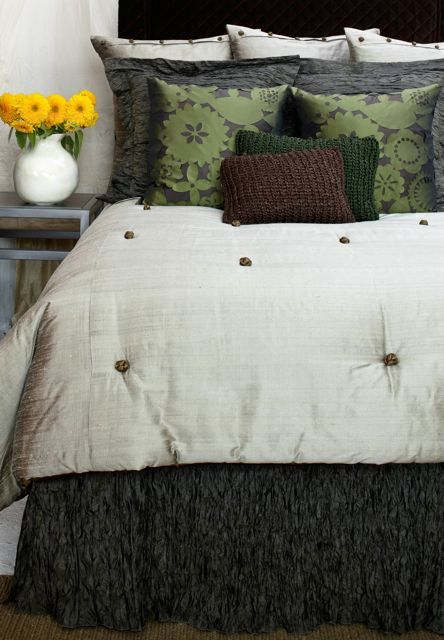 Dupione French knot coverlet #summerbedding