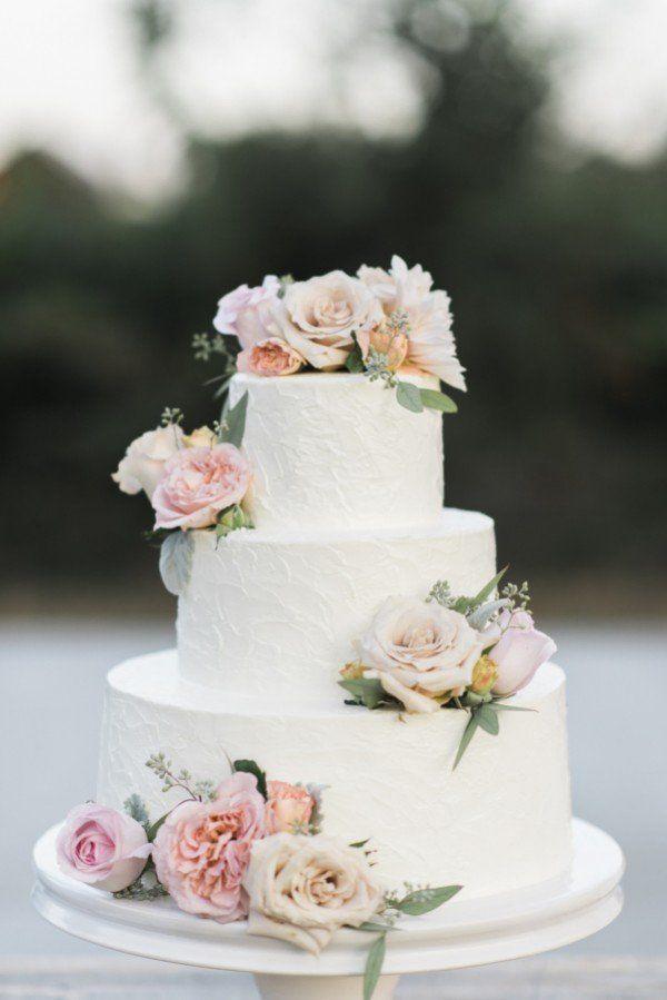 Neue Ideen für Hochzeitstorten mit Blumen #hochzeitskleiderhäkeln