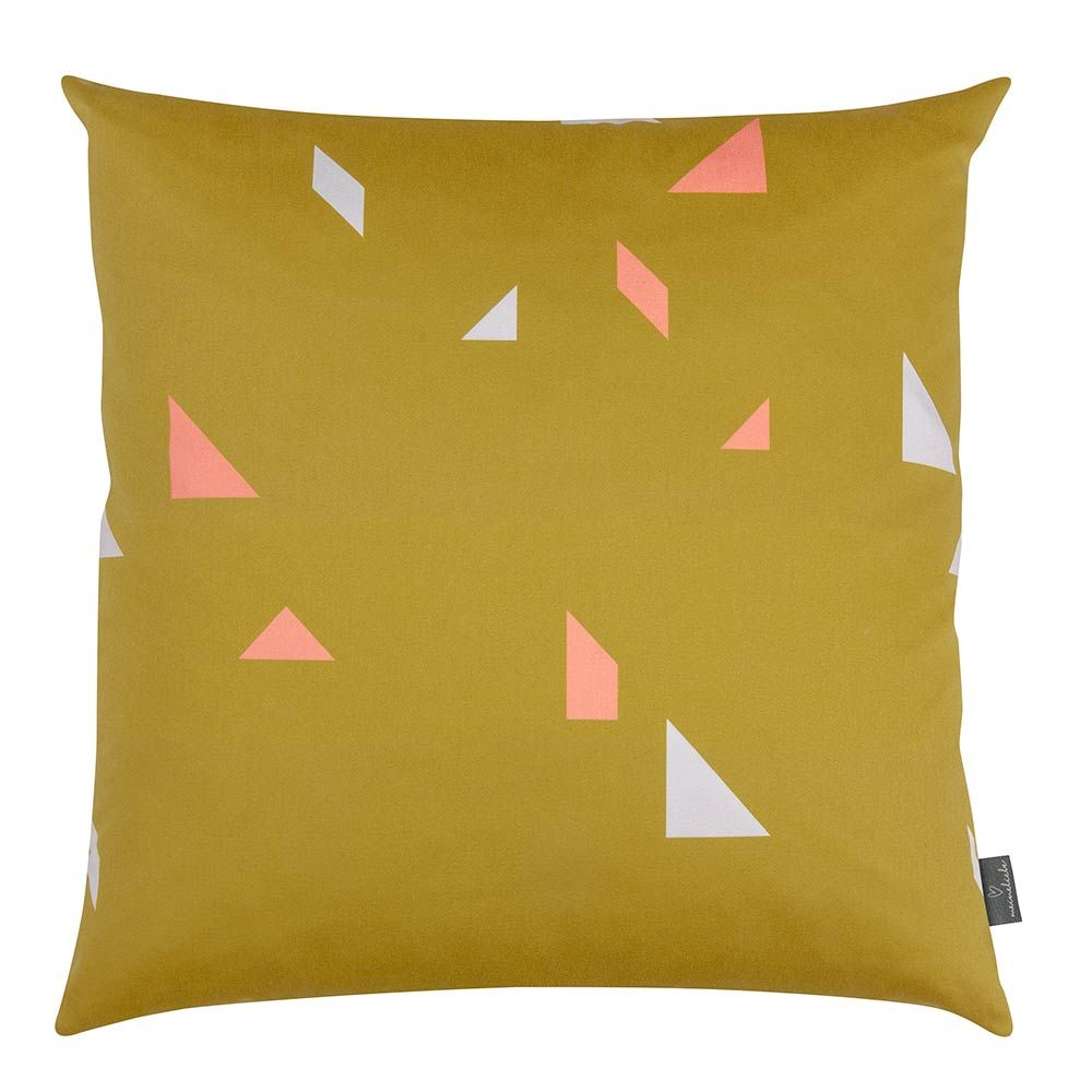 Meine Liebe - KISSENHÜLLE SNAP • GOLD • 50x50cm 30x60cm - Kissen - Pillow - Heimtextilien - Modern - Geometric - Inspiration  Minimal and simple geometric elements.  Scandinavian home.  Found on: www.meineliebeshop.de