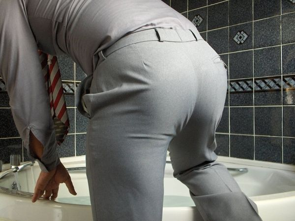 tight-ass-in-tight-pants-hairy-hole-cave
