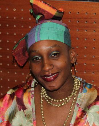 La coiffe Accessoire indispensable du costume créole, la