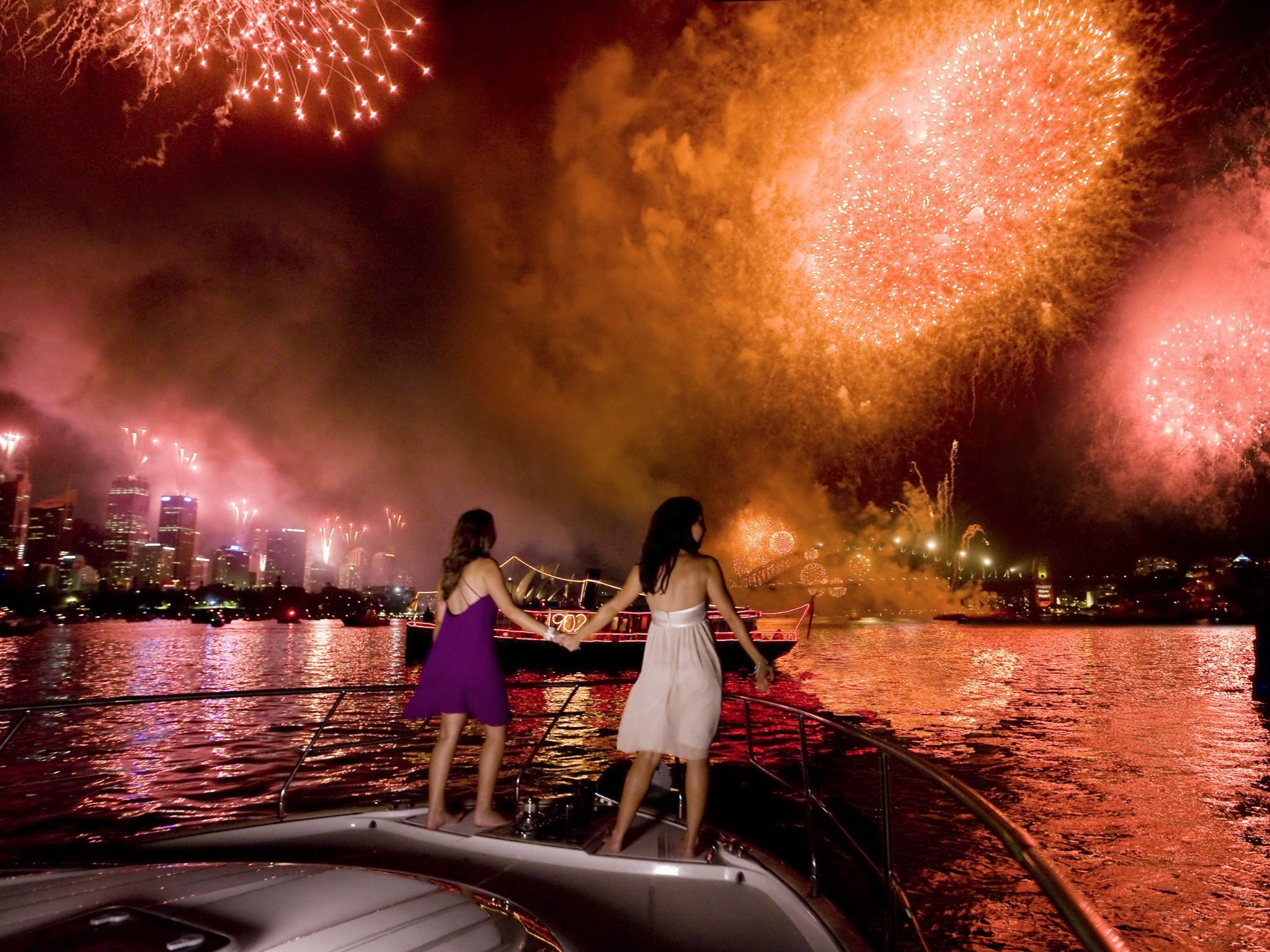 Free places to watch the NYE fireworks in Sydney New