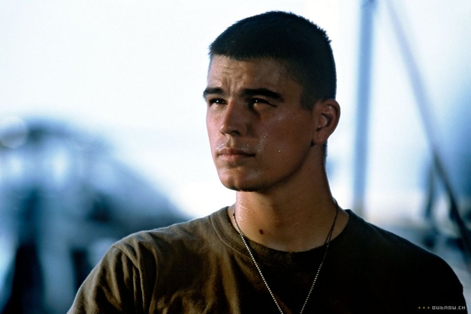 Josh Hartnett Mens Haircuts Fade Haircuts For Men Cool Mens Haircuts