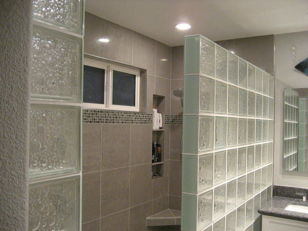 The Tile Outlet Dublin Ca United States 8x8 Gl Block Shower Wall