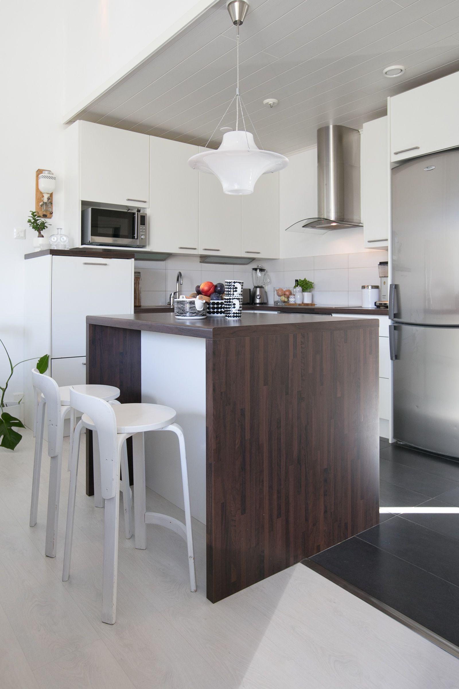 Moderni paritalo metsän kainalossa | unelmien keittiöt | Pinterest