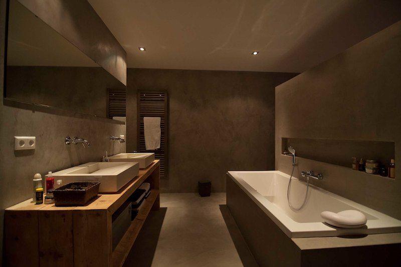 badkamer kalkverf en nis boven bad - Yga huis | Pinterest - Texture ...