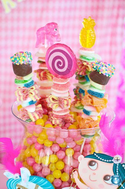 super cute candy kabobs party ideas fiesta cumplea os rh pinterest es
