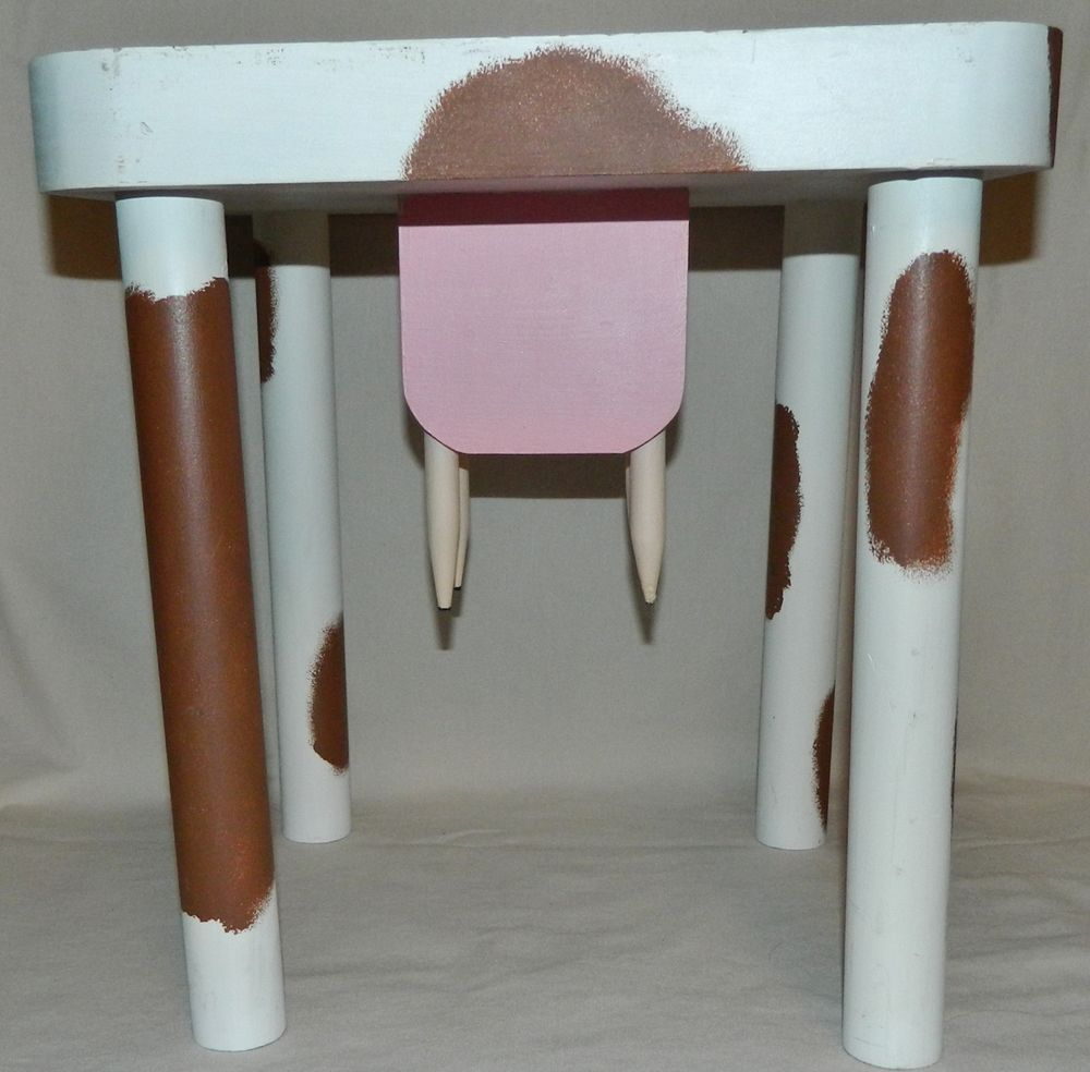 VINTAGE WOOD BROWN & WHITE COW MILKING STOOL FOOT STOOL/SMALL PLANT  TABLE/ETC