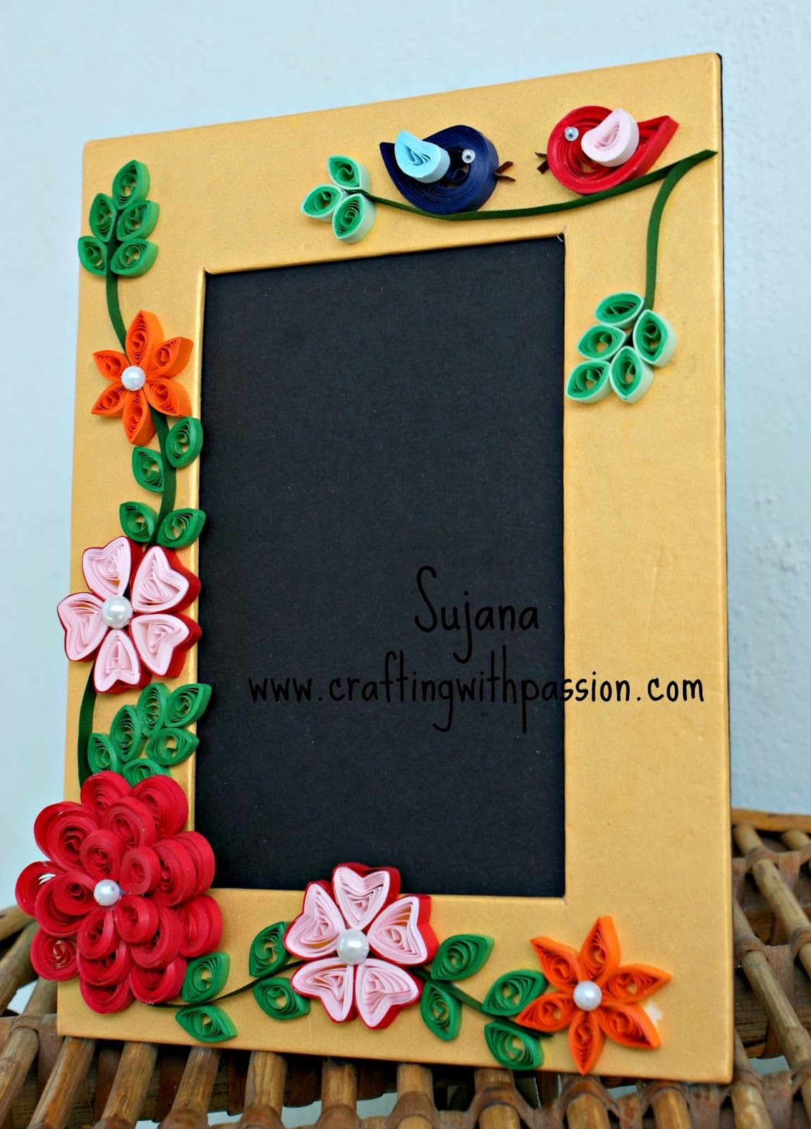 Quilled photo framesrst time making themlove it solo here is my first quilled photo frame i hav been wanting to make one for long time and finally its here jeuxipadfo Choice Image