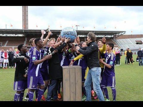 Anderlecht heeft de elfde editie van de Aegon Copa Amsterdam gewonnen. In een rommelige finale met weinig mogelijkheden voor beide teams moesten strafschoppen uiteindelijk de beslissing brengen. Doordat Matthijs de Ligt namens Ajax de derde penalty miste en Anderlecht alle strafschoppen feilloos binnenschoot, gingen de Belgen uiteindelijk met de zege naar huis.